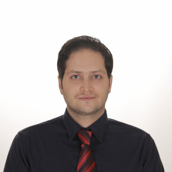 Dr.Mostafa Mafi